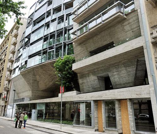 Casa hollywood torino fresia alluminio partecipa all - Casa delle lampadine torino ...